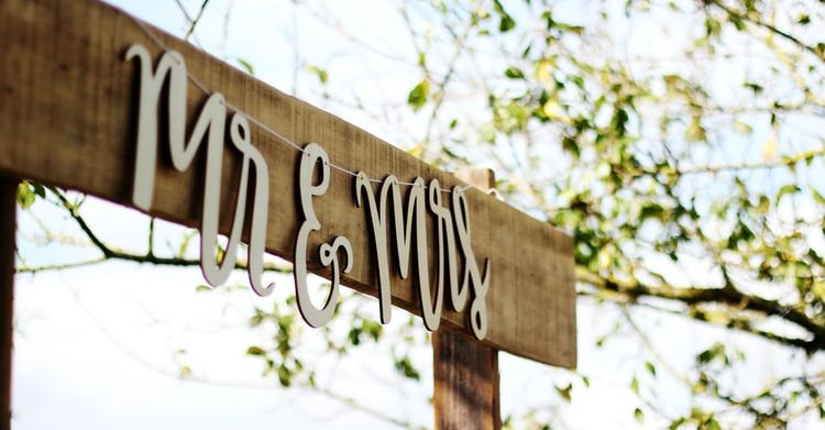 Top Tips For An Outdoor Wedding_1